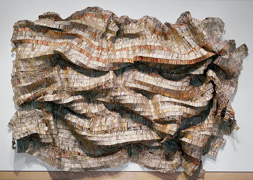 Hover, 2003. El Anatsui